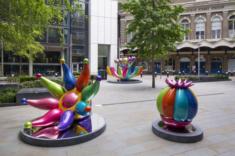 台灣藝術家賴純純作品「奇花仙境」在倫敦城市雕塑展參展。圖/蔚龍藝術提供