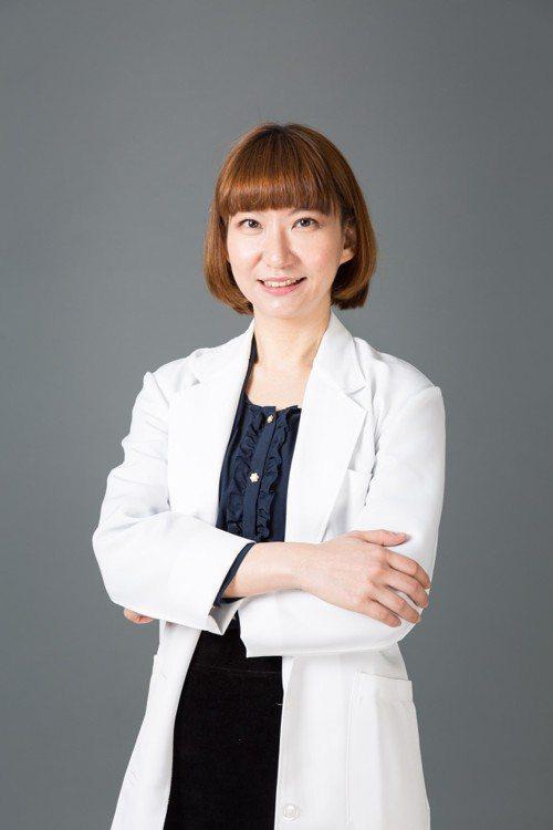 台中榮總放射線部影像醫學科主任 張碧倚醫師。 圖/張碧倚醫師 提供
