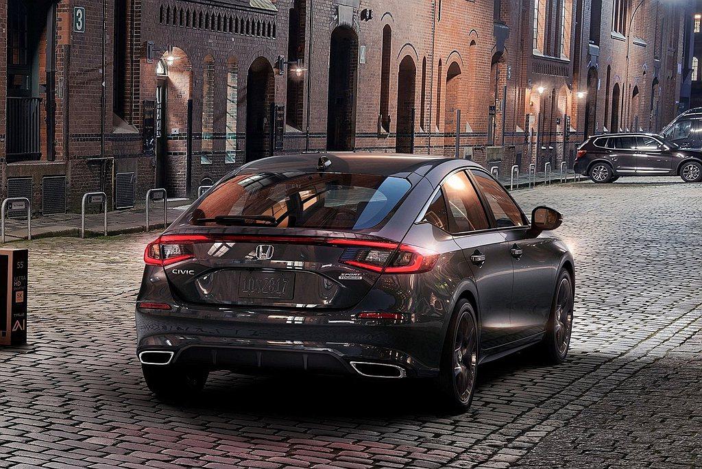 原廠表示新世代Honda Civic採用更先進的偵測元件,搭配新世代處理器與軟體...