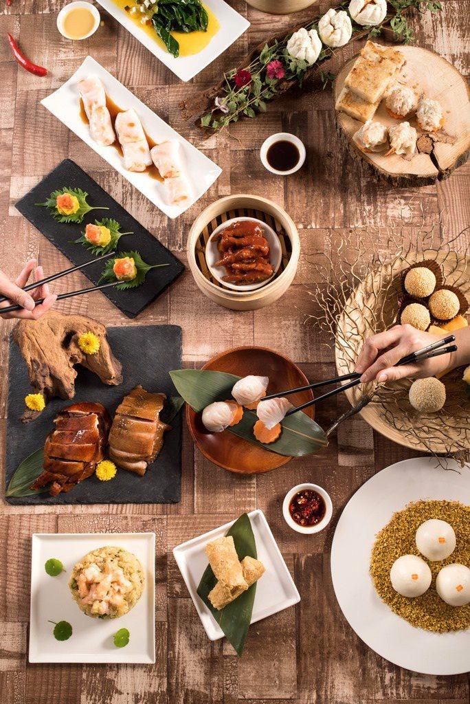 《食經》的內容整體觀之,則確記述、分析、評論了粵菜之精髓與奧義,大宴小酌兼備,餐...