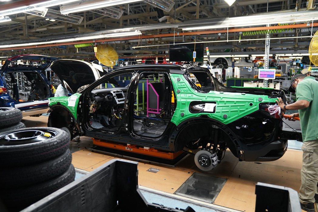 韓皮美骨的Hyundai Santa Cruz將在今年夏季正式投入北美市場販售。...