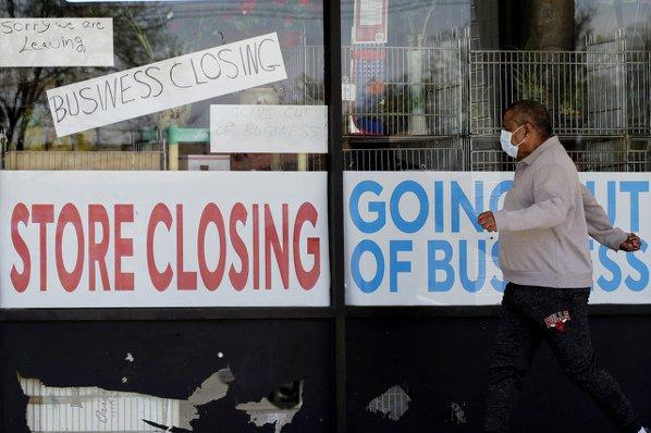 疫情造成美國許多公司行號關門、數百萬人失業。(美聯社)