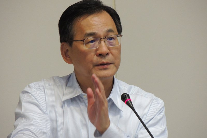 台電前董事長黃重球7年前曾在立法院預言「大概在民國110年前後會限電」。報系資料照片