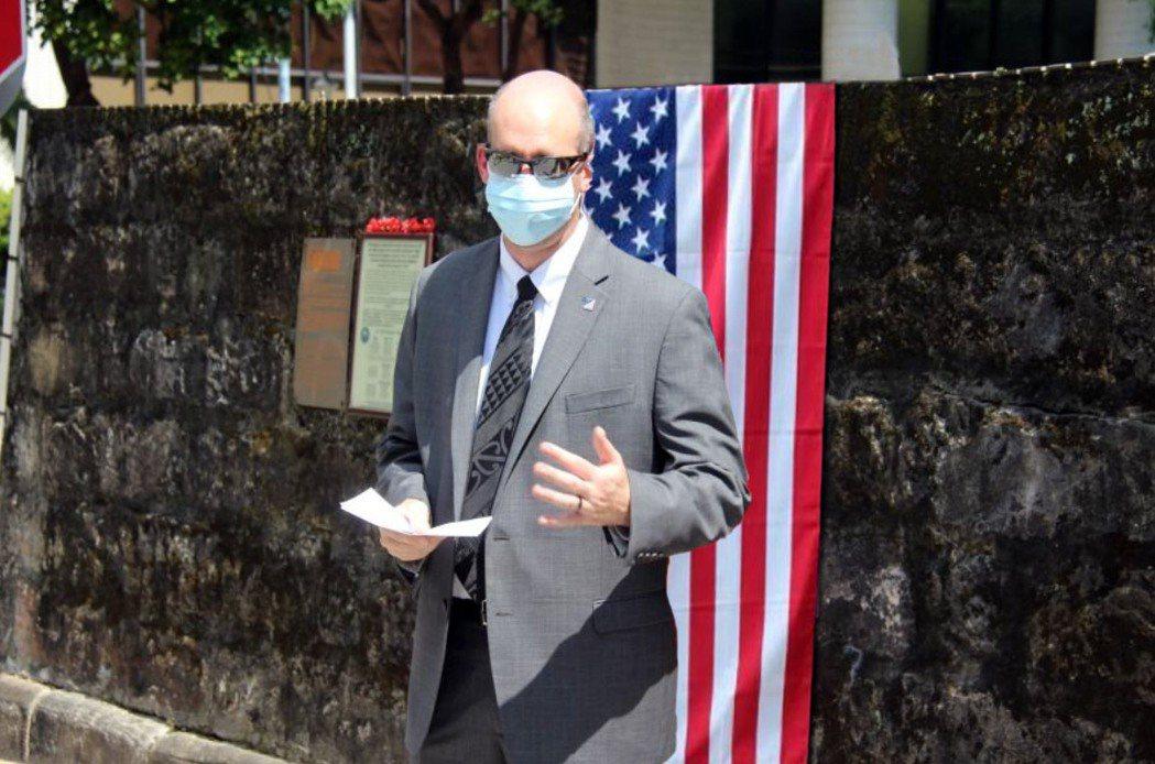 美國在台協會安全合作組空軍專案主任祁必逸 (Nathan Kibby)。圖/AI...