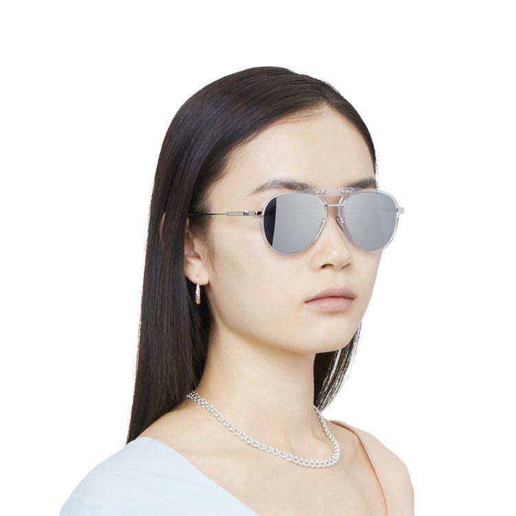 RIMOWA Bridge Pilot太陽眼鏡11,410元。圖/RIMOWA提...