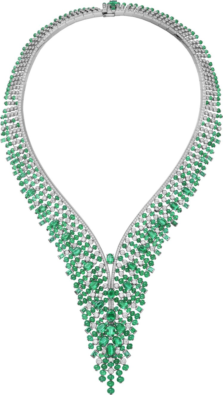 Alaxoa項鍊彰顯祖母綠細緻質地和濃烈色調。圖/卡地亞提供
