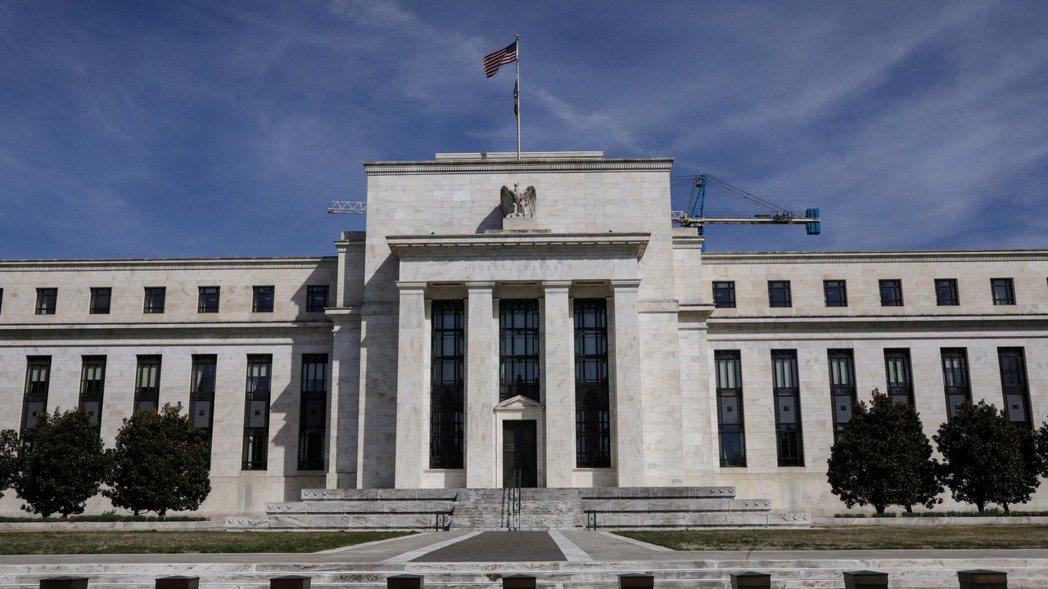 聯準會(Fed)再有官員發表鷹派看法,達拉斯及亞特蘭大聯準銀總裁皆預期美國明年就...