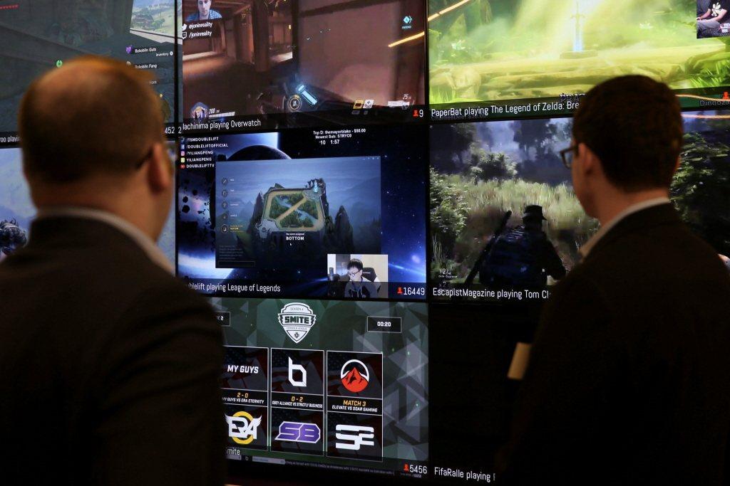 不是每間遊戲公司都有制定相關條款,如果遊戲公司完全沒有制定影音使用條款,保險起見就應該理解為「未授權使用」。 圖/路透社