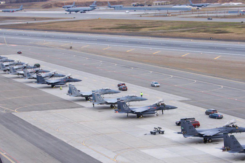 美軍2021年5月初,在阿拉斯加舉行一場大規模的「北方邊境21」(Northern Edge 21)聯合演習。 圖/美國空軍