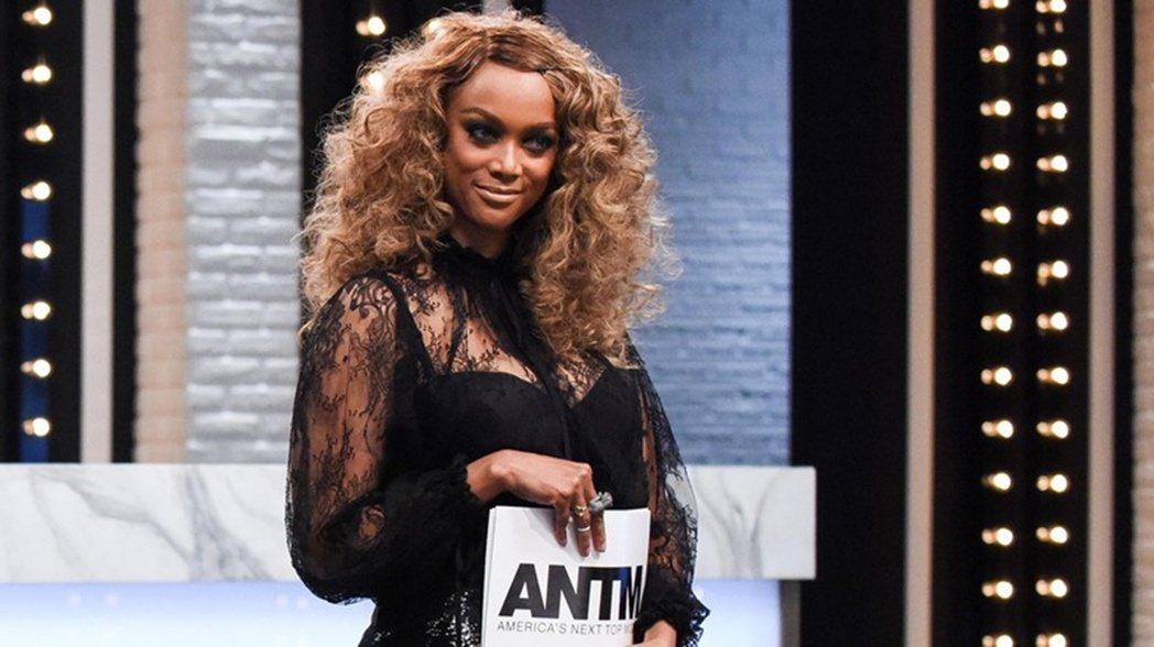 「我的手中只有一張照片.....」面對維密轉型,泰拉也講述自己作為維密第一位黑人...