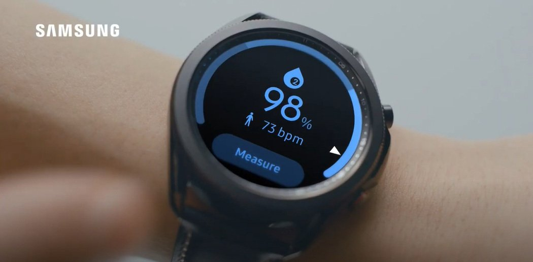 Samsung Galaxy Watch3使用紅色LED及紅外線,評估血氧飽和度...
