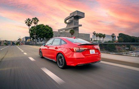 大改款Honda Civic sedan在加拿大竟有專屬車型推出?