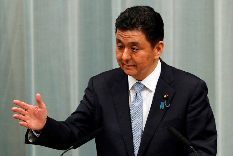 日本防衛大臣岸信夫。 路透