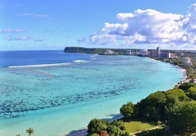 關島政府宣布開放外籍旅客可入境關島並接種疫苗,引發熱議。圖/雄獅提供
