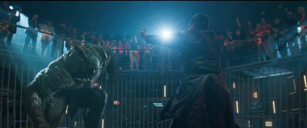 「無敵浩克」反派「惡煞」驚喜在「尚氣與十環傳奇」登場。圖/摘自YouTube