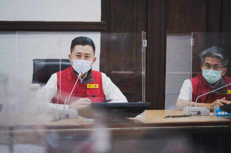 新竹市長林智堅每天固定主持防疫會議。圖/新竹市政府提供