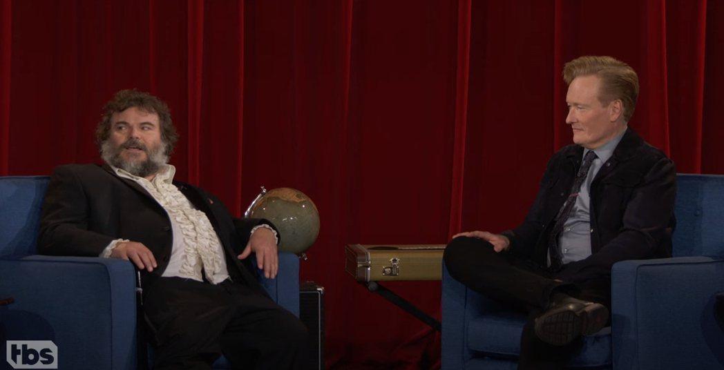 「康納秀」收播,最後一集請到喜劇演員傑克布萊克。圖/摘自YouTube