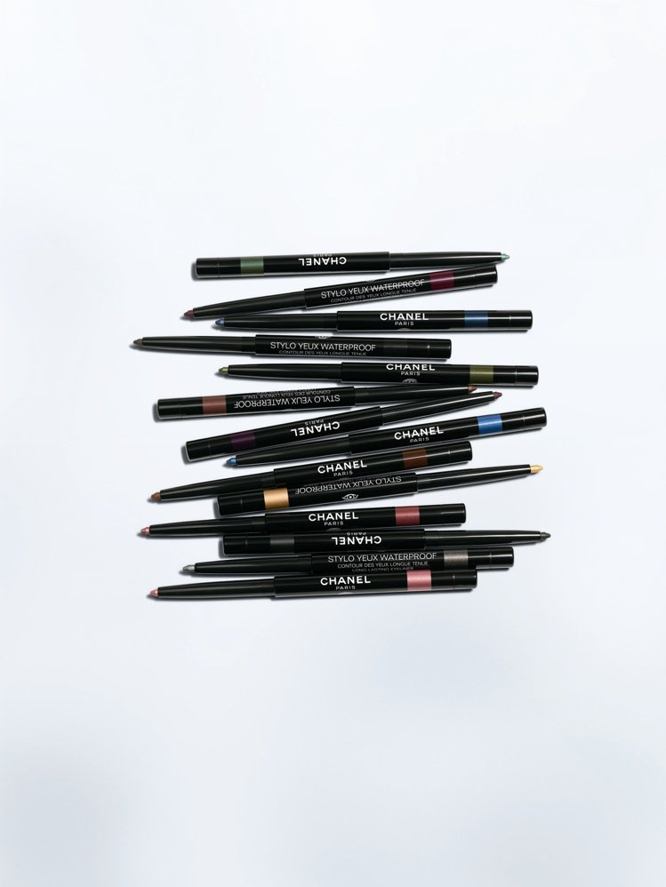 香奈兒絲柔恆采眼線筆/全14色/950元。圖/香奈兒提供