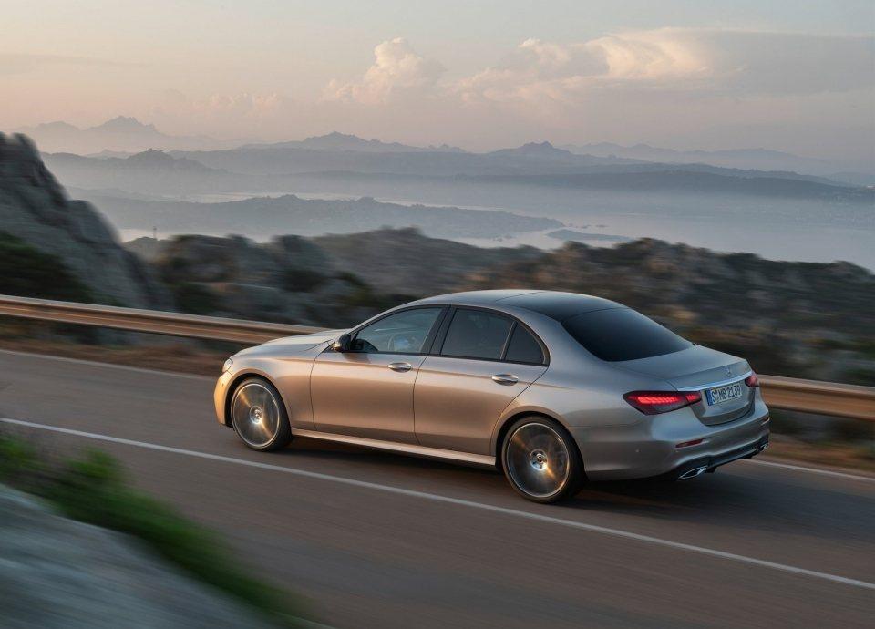 Mercedes-Benz E-Class去年是韓國進口車銷售冠軍。 摘自Mer...