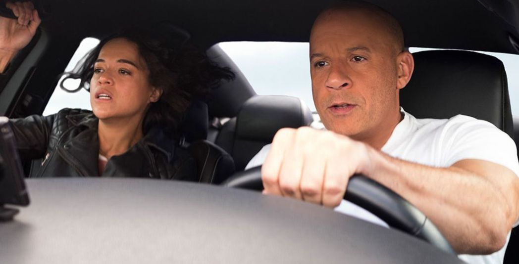 馮迪索(右)主演「玩命關頭9」今年備受注目的大片。圖/UIP提供