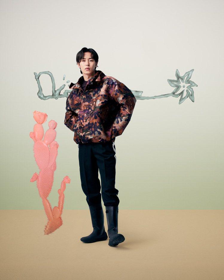 年僅23歲的韓星李宰旭前景看好,獲邀看秀成為時尚新鮮人。圖/DIOR提供