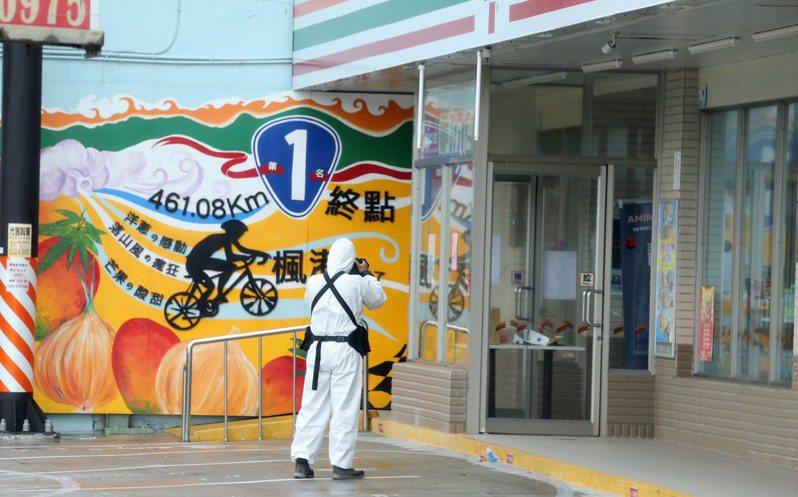 Delta病毒株確診者主要分布在屏東枋山鄉楓港、善餘兩村,當地上千居民心情忐忑,地方瀰漫一股不尋常氣氛。記者劉學聖/攝影