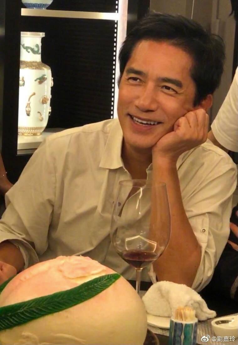 梁朝偉27日過59歲生日。圖/摘自微博