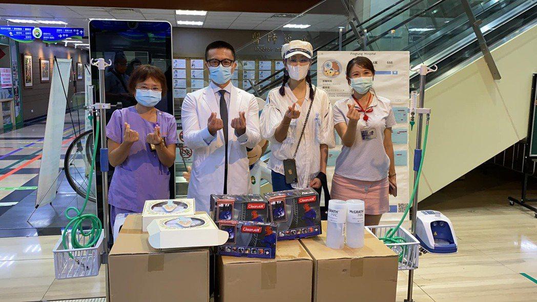 賈永婕收到呼吸治療師的求救訊息,親自借2台HFNC送往部立屏東醫院。 圖/擷自賈...