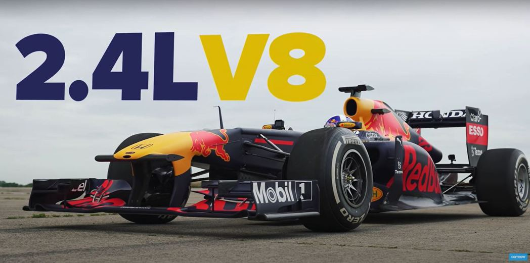這台賽車是Red Bull Racing F1 Team在2011年贏得冠軍的R...