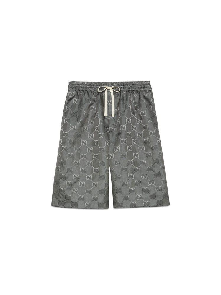 岩石灰OFF THE GRID系列短褲,28,500元。圖/GUCCI提供