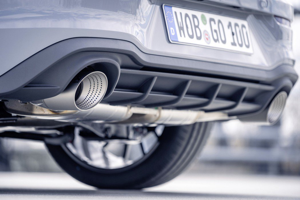 排氣尾管在電動化之下,將與內燃機成為下個十年逐漸消失的產物。 摘自Volkswa...