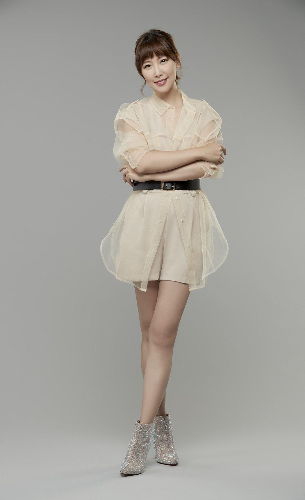 李懿從事模特兒工作8年後,轉型綜藝。圖/伊林娛樂提供