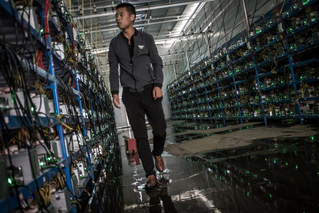 不少媒體報導,中國不少虛擬貨幣礦場已準備遷移海外。 圖/歐新社
