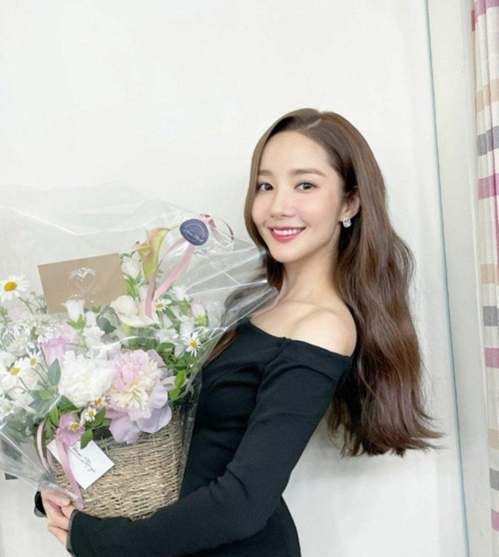 日網票選30歲以上韓人氣女星,冠軍女神是朴敏英。圖/摘自IG