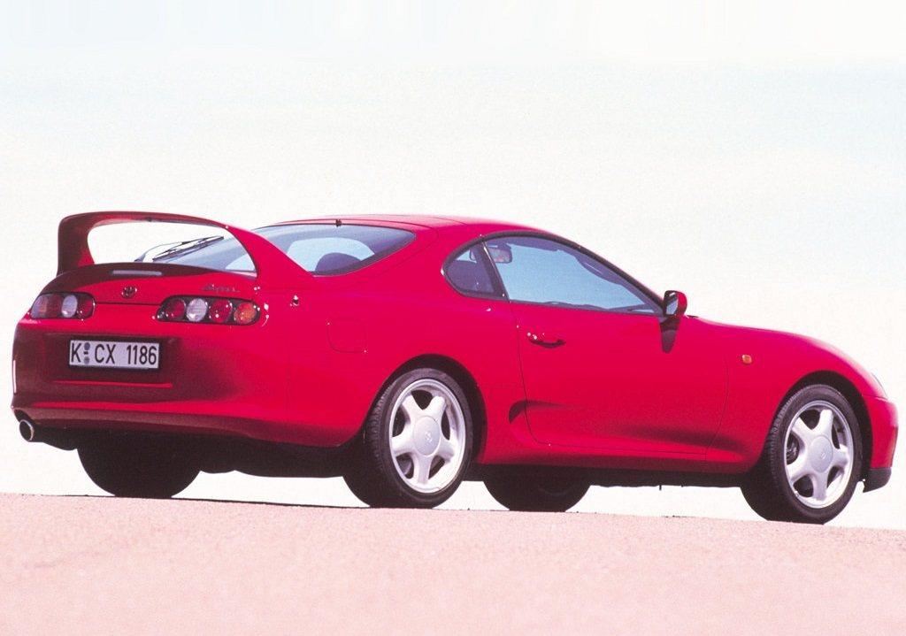 Toyota Supra A80。 摘自Toyota