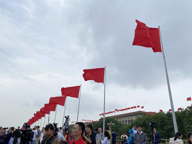 天安門廣場正舉行中共百年黨慶。記者呂佳蓉/攝影