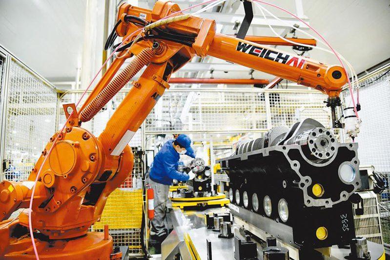 受疫情反覆和供應鏈受阻影響,6月大陸製造業增長勢頭減弱。新華社資料照片