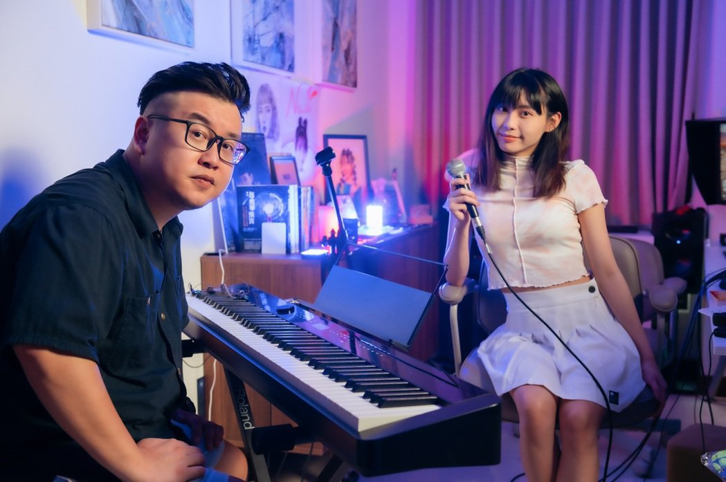 DAPUN大胖(左)邀請李芷婷對唱新歌「未定義」。圖/The Punch Pro