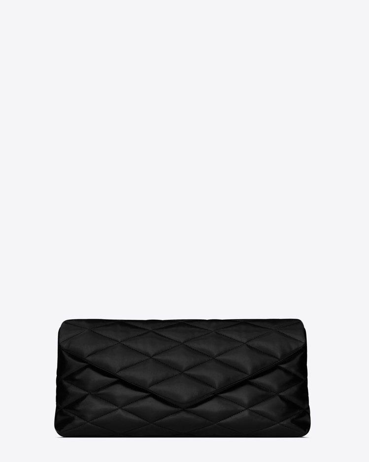 Puffer Sade黑色手拿包,51,300元。圖/Saint Laurent...