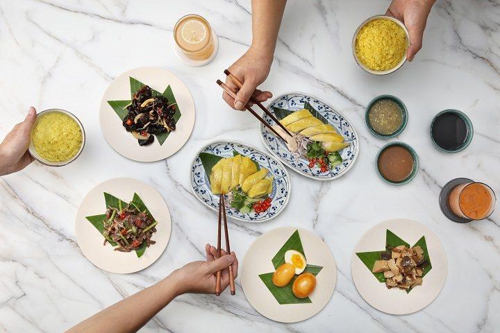 湘樂餐飲集團新品牌「雞王」,主打海南雞飯。圖/摘自米其林官網。