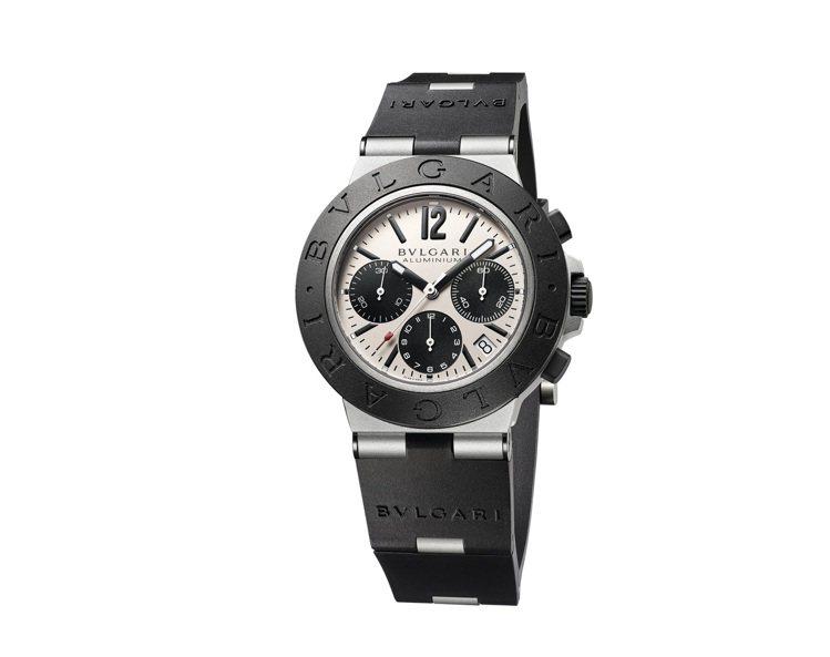 BVLGARI ALUMINIUM系列鋁合金計時腕表,13萬1,600元。圖/寶...