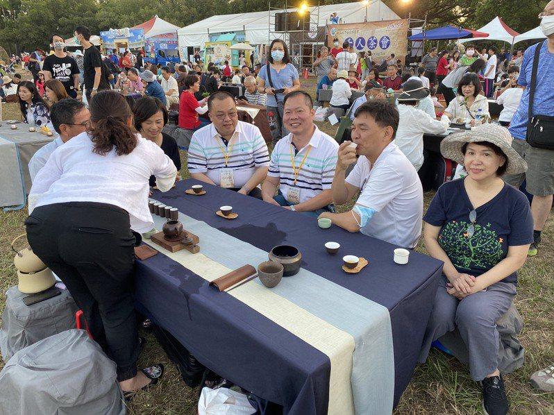 南投世界茶業博覽會去年吸引72萬人次參觀,今年國內爆發新冠疫情社區感染,南投縣政府不排除停辦。本報資料照片,記者江良誠/攝影