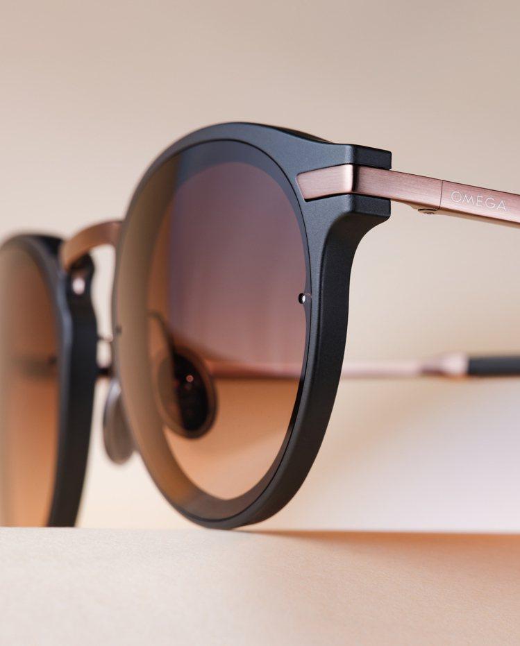 部分鏡框採用醋酸纖維鏡框並搭配金屬鏡臂,產生質地與顏色光澤的雙重反差。圖 / 歐...