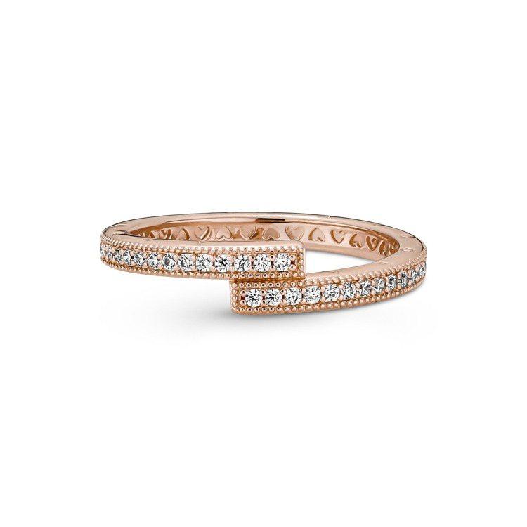 Pandora Signature鍍14k玫瑰金層疊幾何璀璨鋯石戒指,3,280...