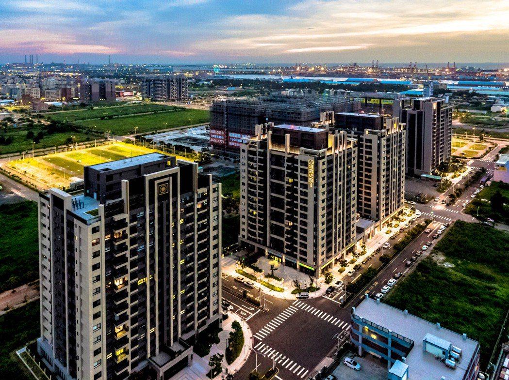 圖說:遠雄在台中海線地區造鎮案已完銷8期2600戶,生活機能快速成型,第9期新案...