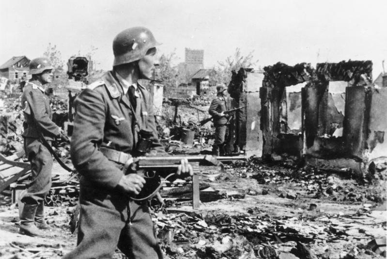 蘇聯與納粹德國等於1942年7月17日到1943年2月2日在史達林格勒進行戰役,史稱史達林格勒戰役。 圖/維基共享