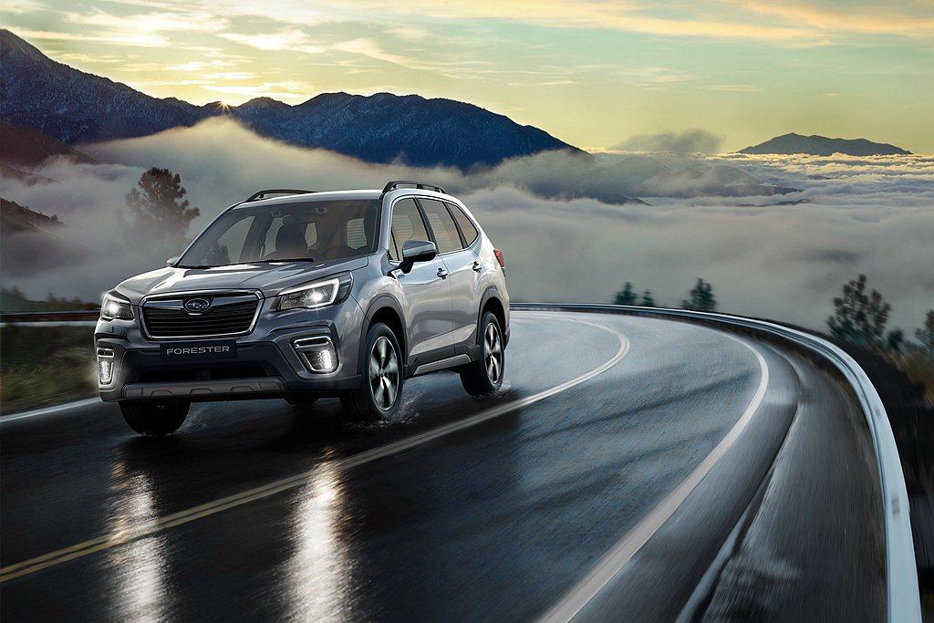 凡為醫護、警消人員及其二等親之家屬的Subaru車主,即可享回廠優先預約安排禮遇...