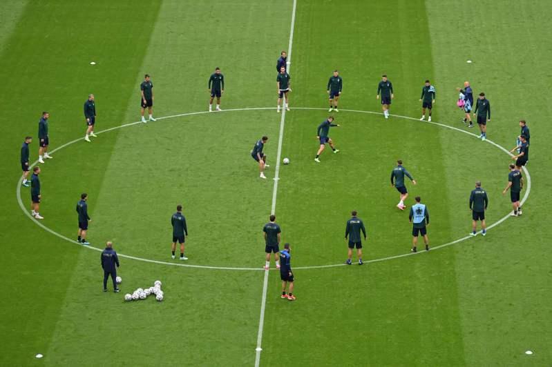 歐國盃義大利賽前訓練。 法新社
