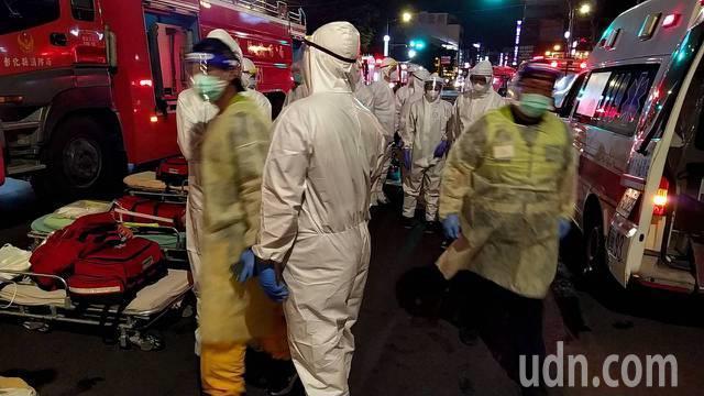 彰化防疫旅館大火釀4死22傷,待在房內或逃離火場引熱烈討論。消防專家林金宏在臉書...