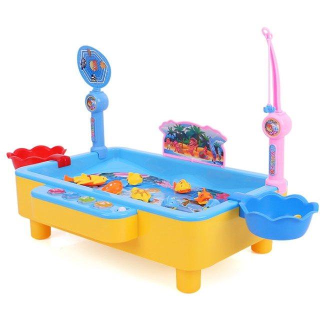 塔克玩具百貨「夜市釣魚機」,原價390元、樂天市場特價265元。圖/樂天市場提供